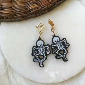 Vintage Hallmark Halloween Skeleton Earrings